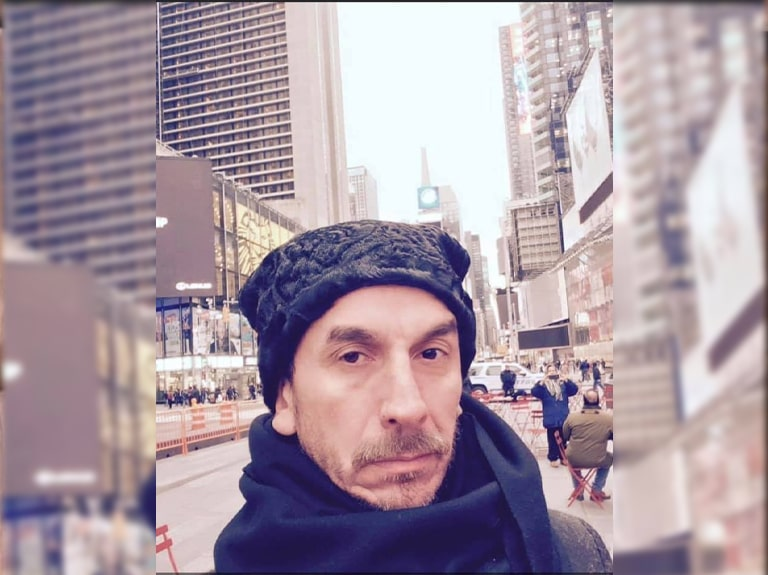 Dorin-negrau-broderii-tismana-new-york-fashion-week-768x575-min-min